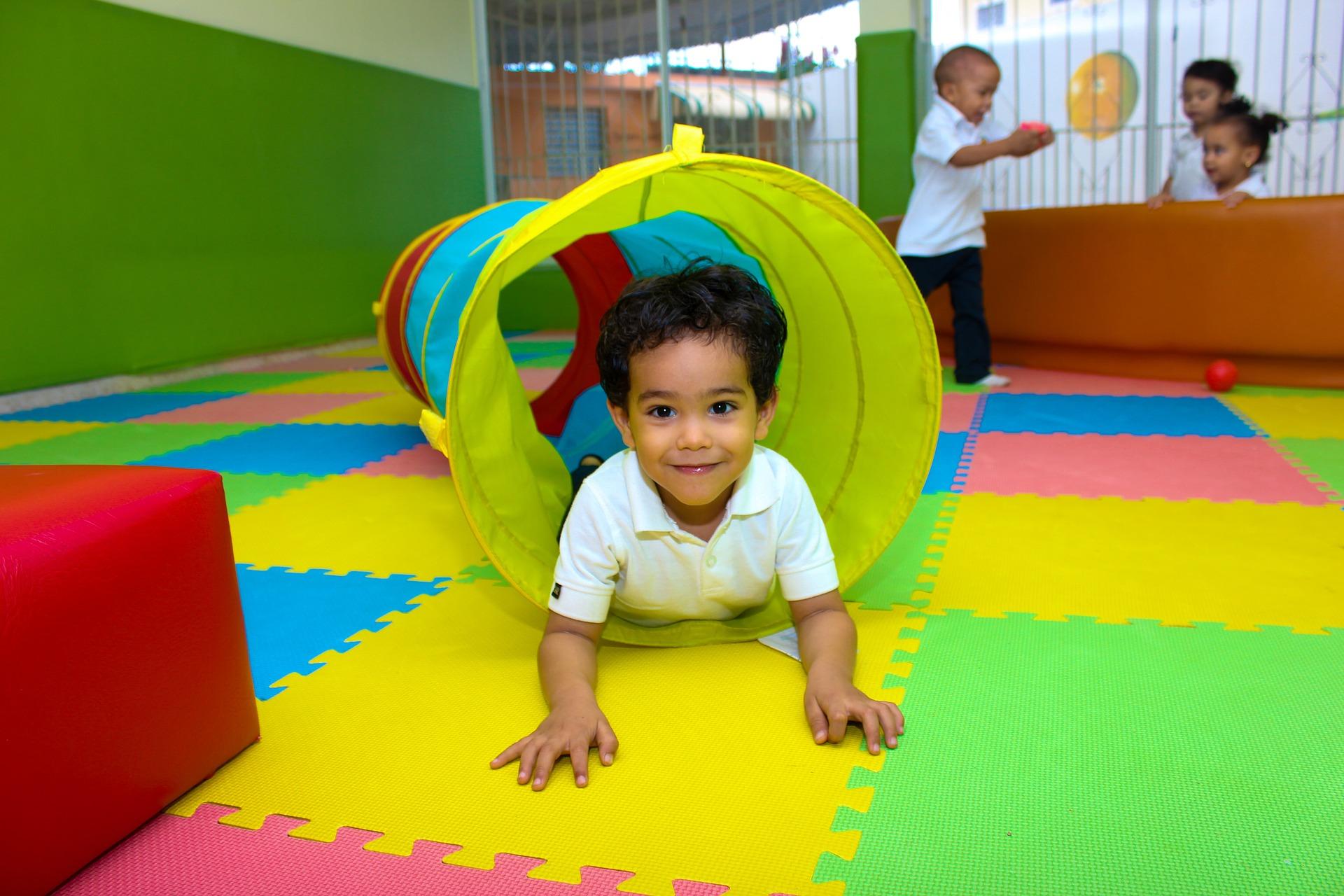 children 808664 1920 - La importancia de la visión en la Etapa Infantil